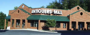 Antiquer's Antique Mall, Charlottesville, Va